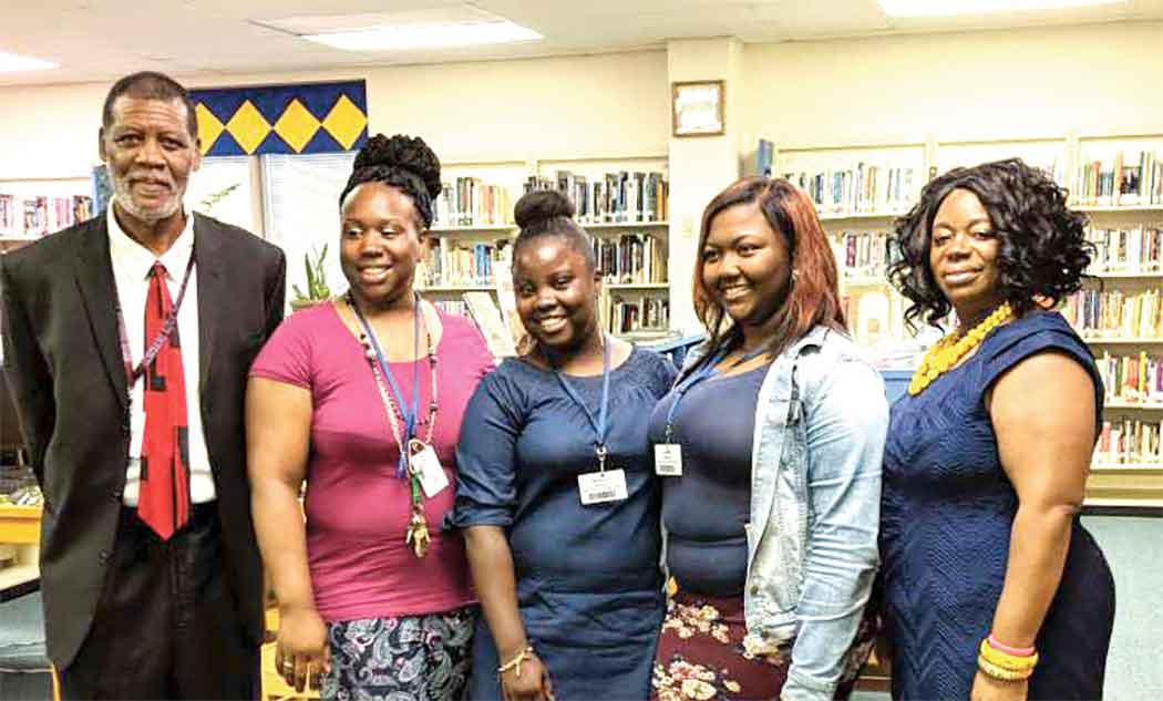 D-O Graduates Receive Scholarships